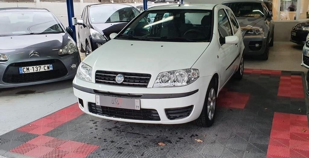 Fiat Punto 1.2 8v 60ch Cult 5p