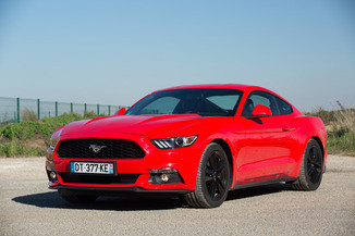 FORD Mustang Fastback 2.3 EcoBoost 317ch