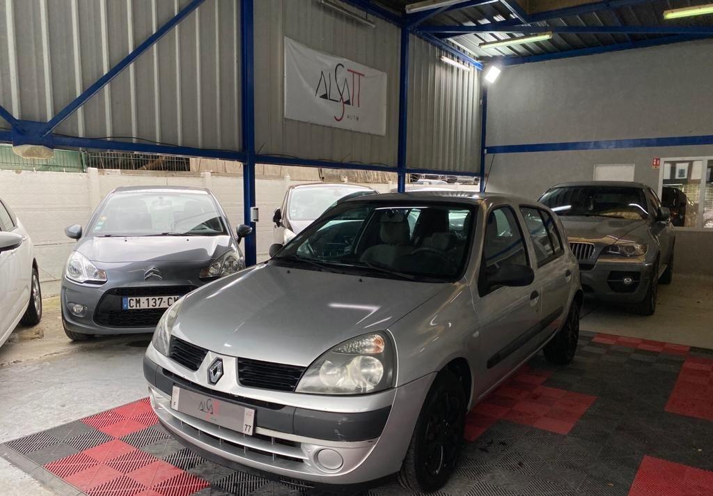 Renault Clio 1.2 16v 75ch Confort Authentique 5p