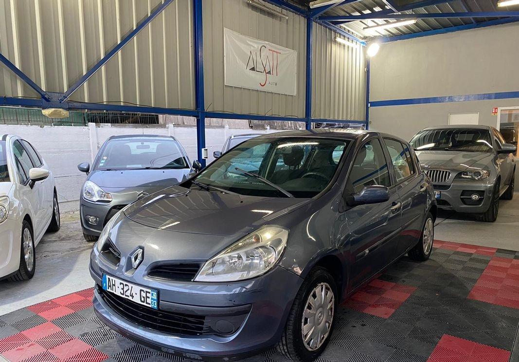 Renault Clio 1.2 16v 75ch Extrême Foncée 5p