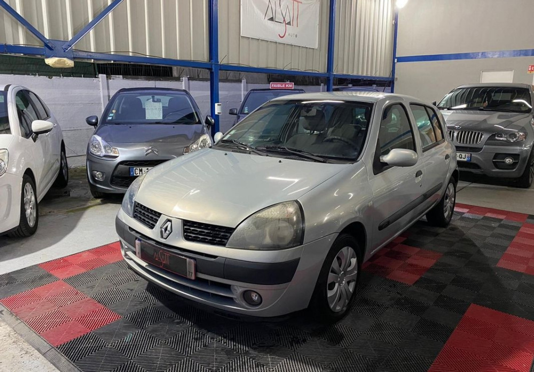 Renault Clio 1.5 dCi 65ch Privilège 5p