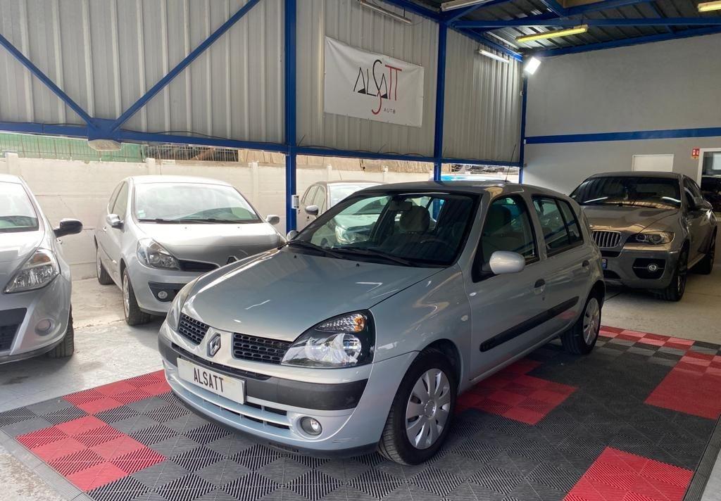 Renault Clio 2 1.4 98 Privilege