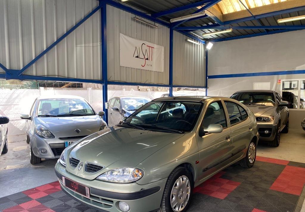 Renault Megane 1.6 16v 107ch GPL Expression