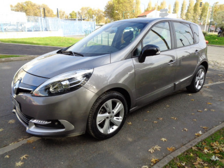 RENAULT Scenic III 1l5 dci limited 110 93142km