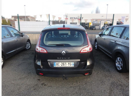 RENAULT Scenic III 1.5 dCi 105ch Dynamique 139400km