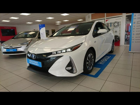 TOYOTA Prius Rechargeable 122h Solar 1797km